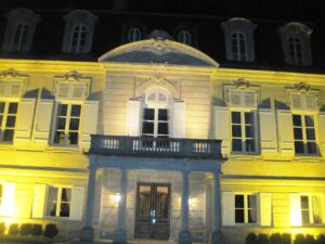 Pontet night 300x225 Pontet Canet Bordeaux Wine Producer Tesseron hits big in 2010