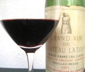 61 Latour 300x253 Jean Philippe Delmas Haut Brion and other wines shared over dinner
