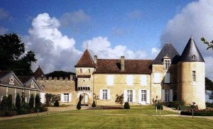 Yquem 300x182 Chateau dYquem Tasting Through the Ages 1937   2009